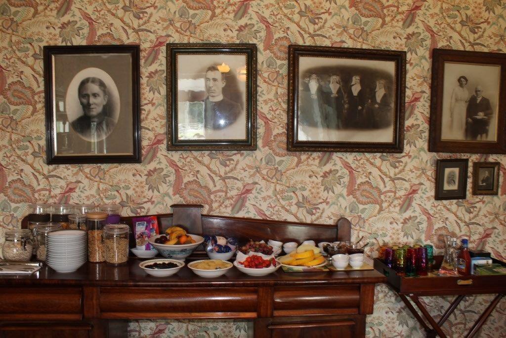 Boyne-View-Bed-and-Breakfast-Breakfast-selection-1