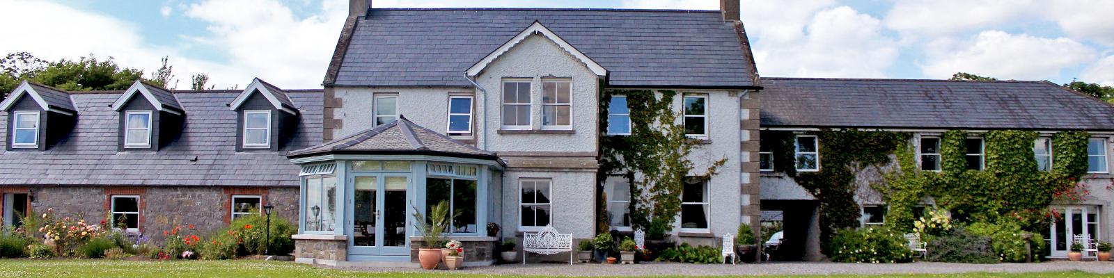 Boyne-View-with-Sunroom-1600x400