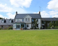 Boyne-View-Bed-and-Breakfast-Exterior-view-of-Front-2