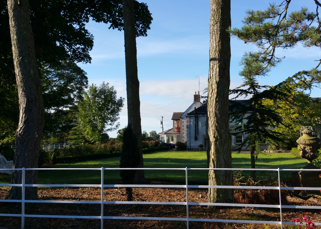 Boyne View main house in sight