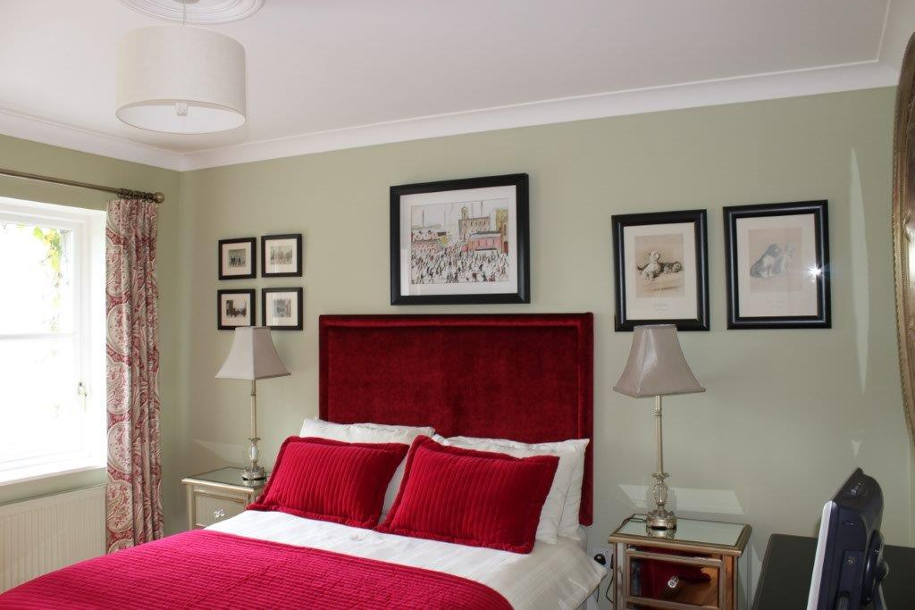 Boyne View Bed and Breakfast Green Room