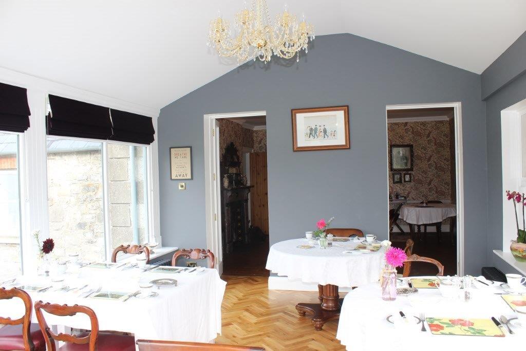 Boyne View Bed and Breakfast interior Breakfast Room