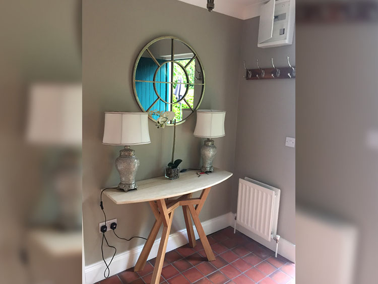 Boyne View Bed and Breakfast Trim Meath cottage mirror and entrance hall